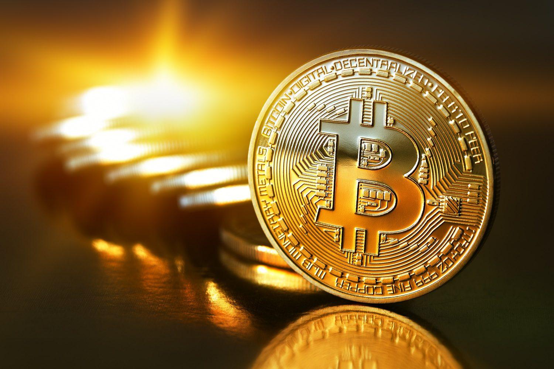 correlazione tra bitcoin e borsa)